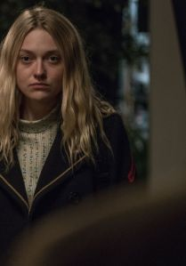 dakota-fanning-american-pastoral-promotional-stills-september-2016-1_thumbnail